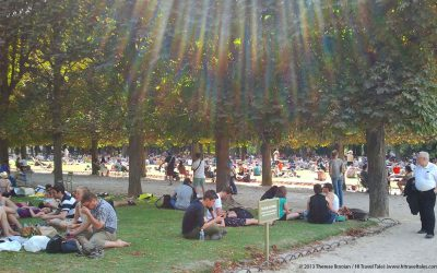 Postcard Paris: Jardin du Luxembourg escape