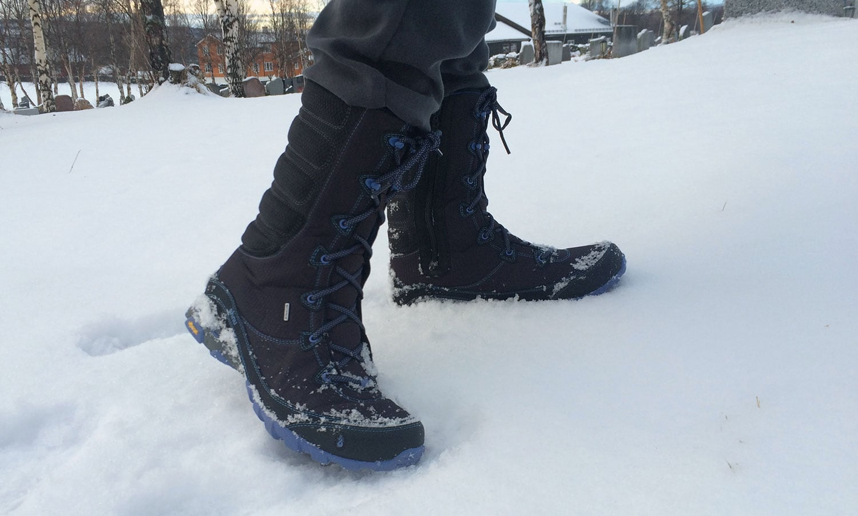 Ahnu Sugar Bowl winter boots: Cute meets functional - HI