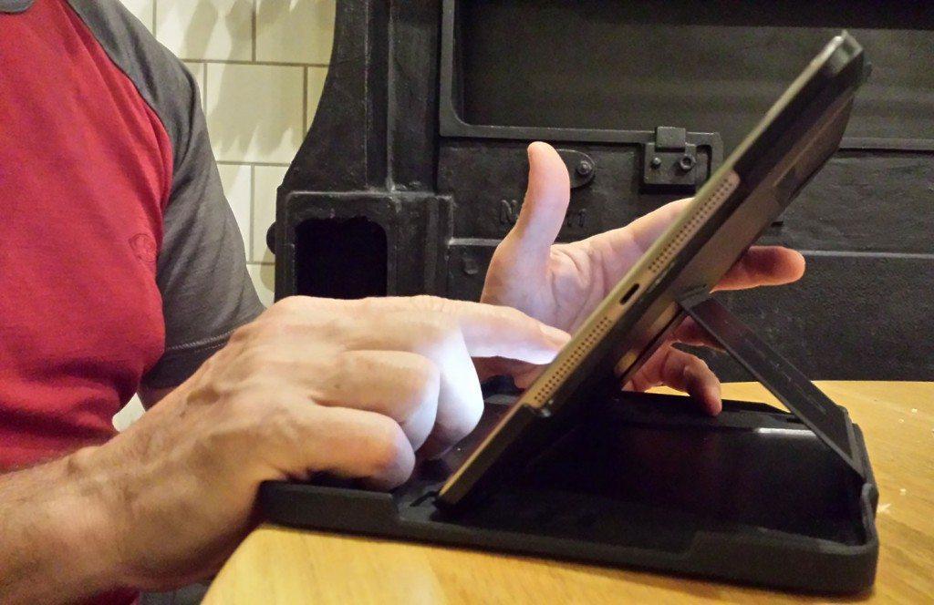 Thule Atmos X3 iPad Air Case