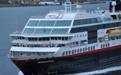 Hurtigruten Cruises: Travel booking tips