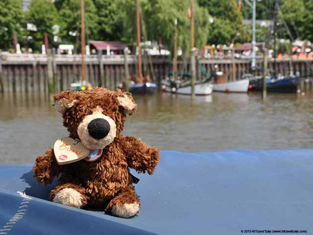 Orso in Hamburg representing the Traveling Teddies