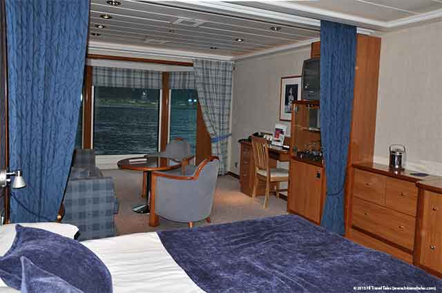Hurtigruten Expedition MG Suite is just one of the many types of Hurtigruten cabins.