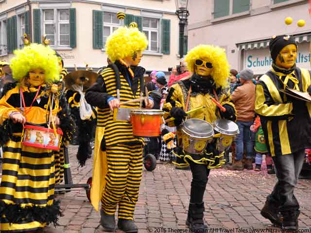 Carnival parades with drumming bumblebees