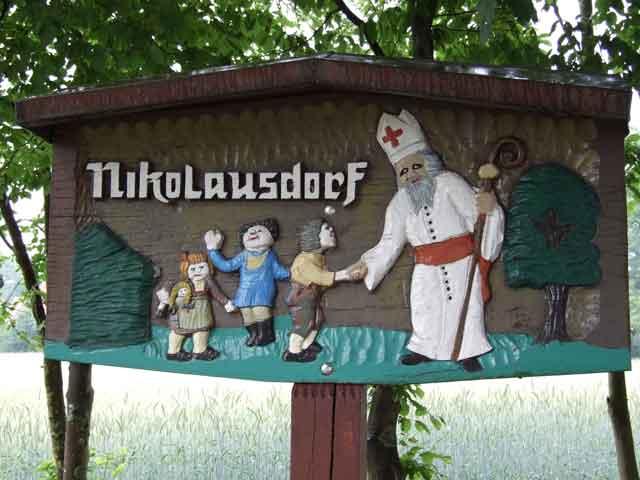 Letters to Santa town sign for Nikolausdorf