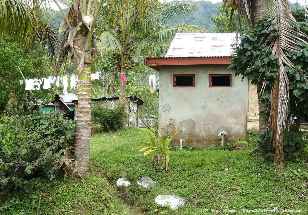 Abaca town laundry in Koroyanitu National Heritage Park
