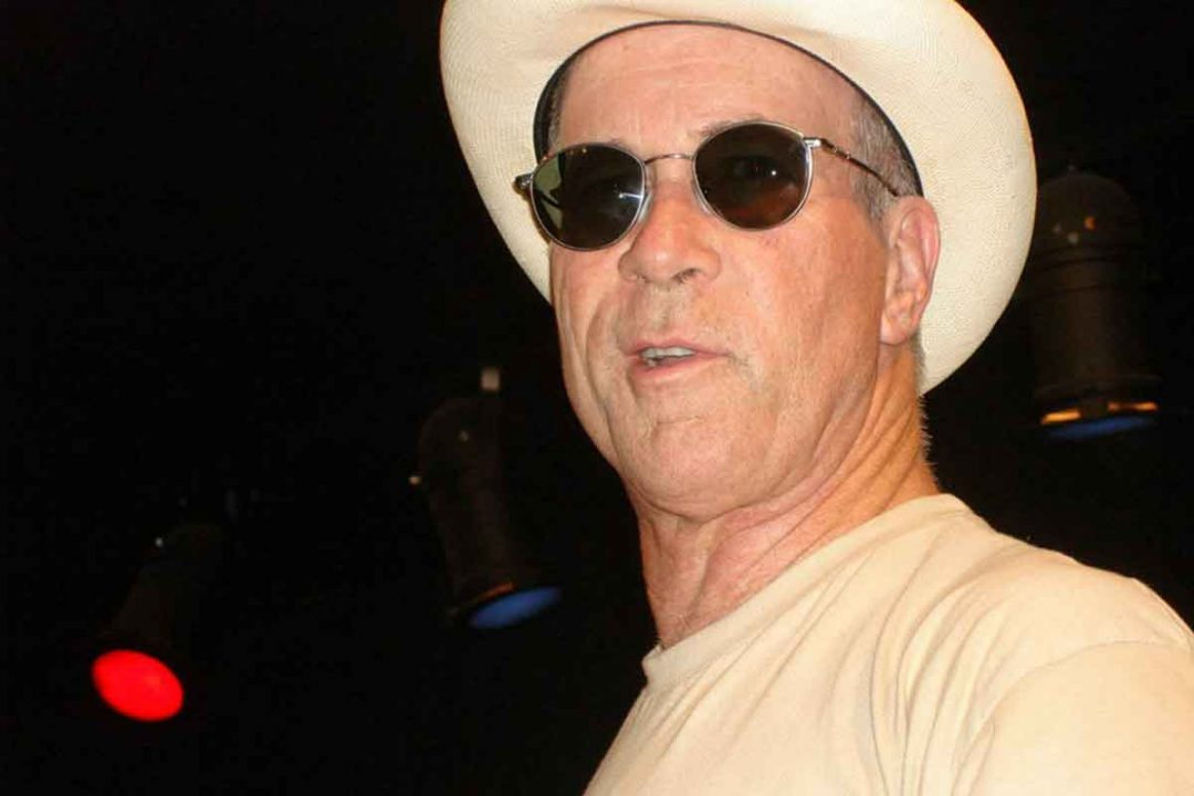 Mark Hummel showing blues style.