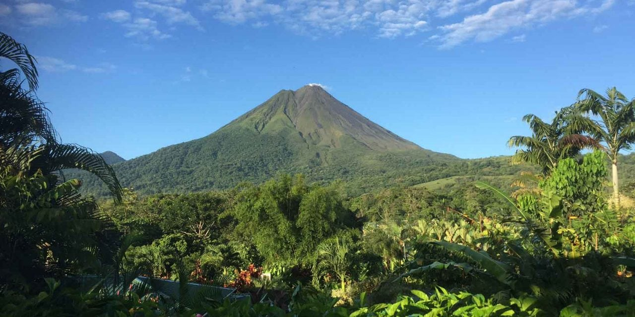 Amazing Costa Rica: Beaches, volcanoes, rain forests, adventure