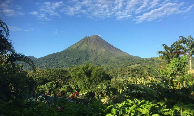 Amazing Costa Rica: Beaches, volcanoes, rain forests, adventure