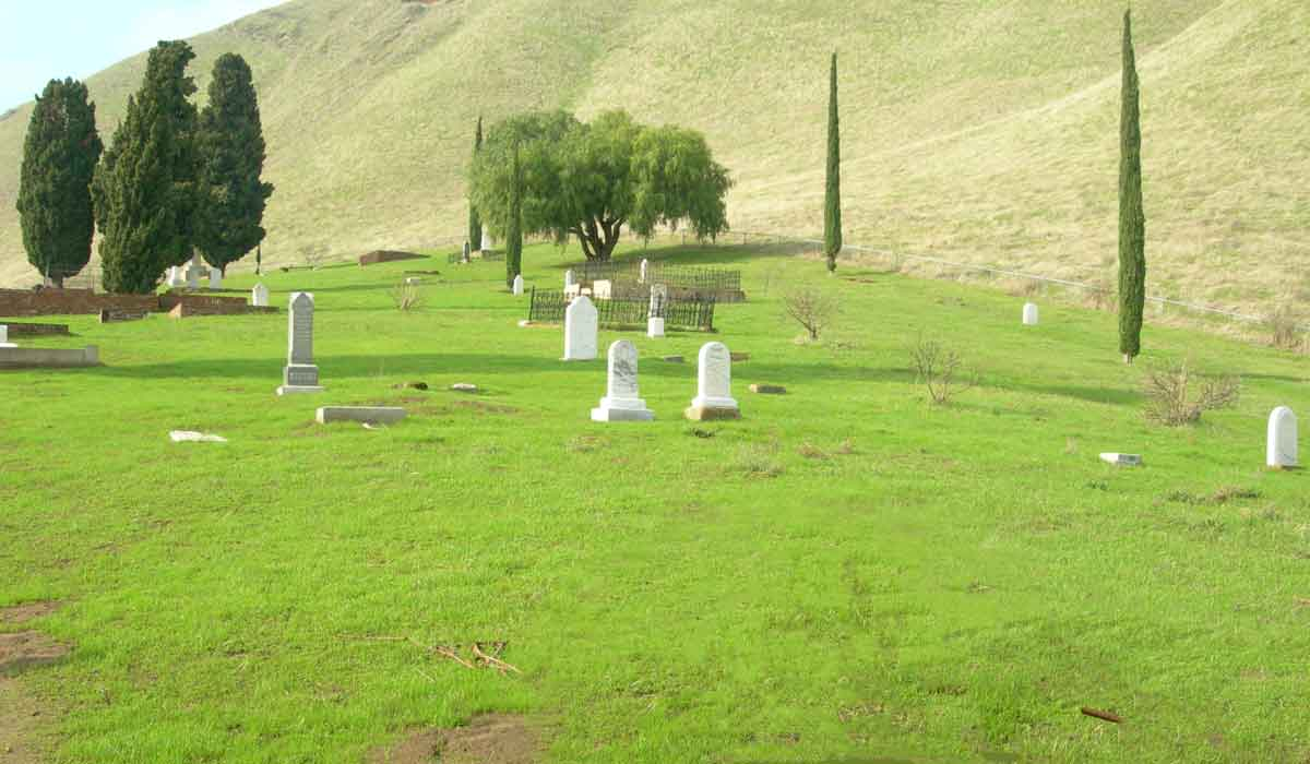 Rose Hill Cemetery in Black Diamond Mines Regional Preserve.