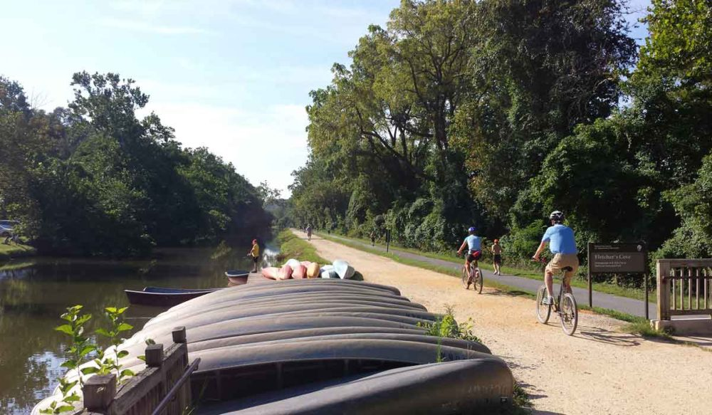 C&O Canal at Fletchers Cove with canoes and other boats.