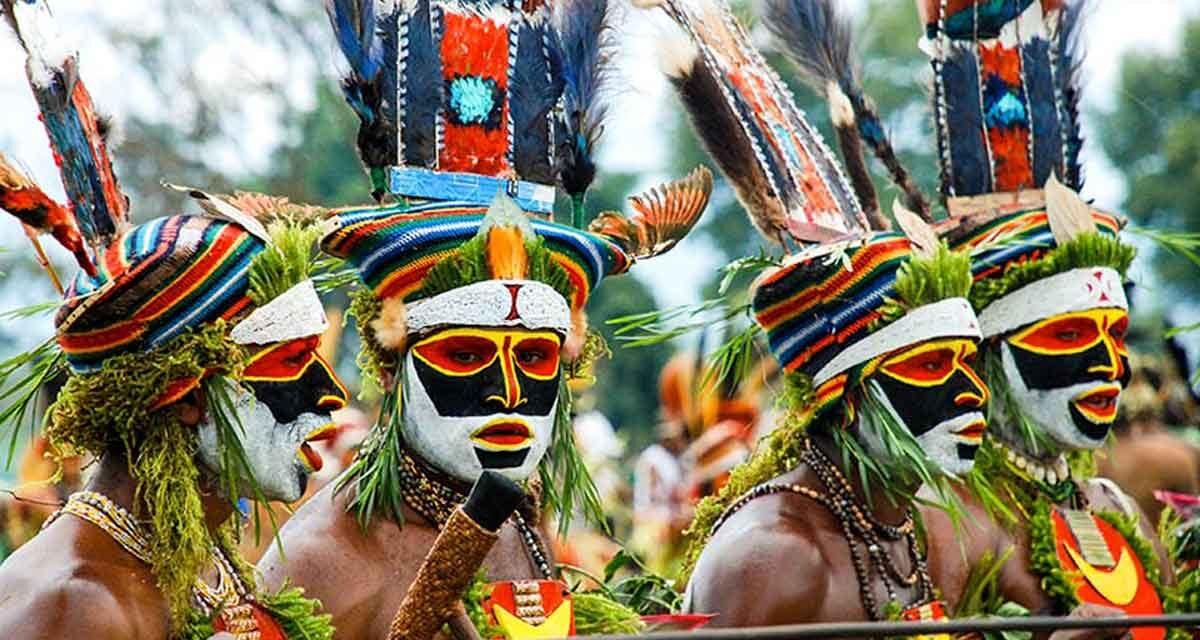 Visit Papua New Guinea: Tribal dances, Goroka Show, friendly people