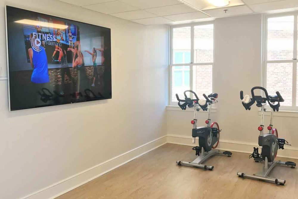 Hotel fitness centers use creative inspiration.
