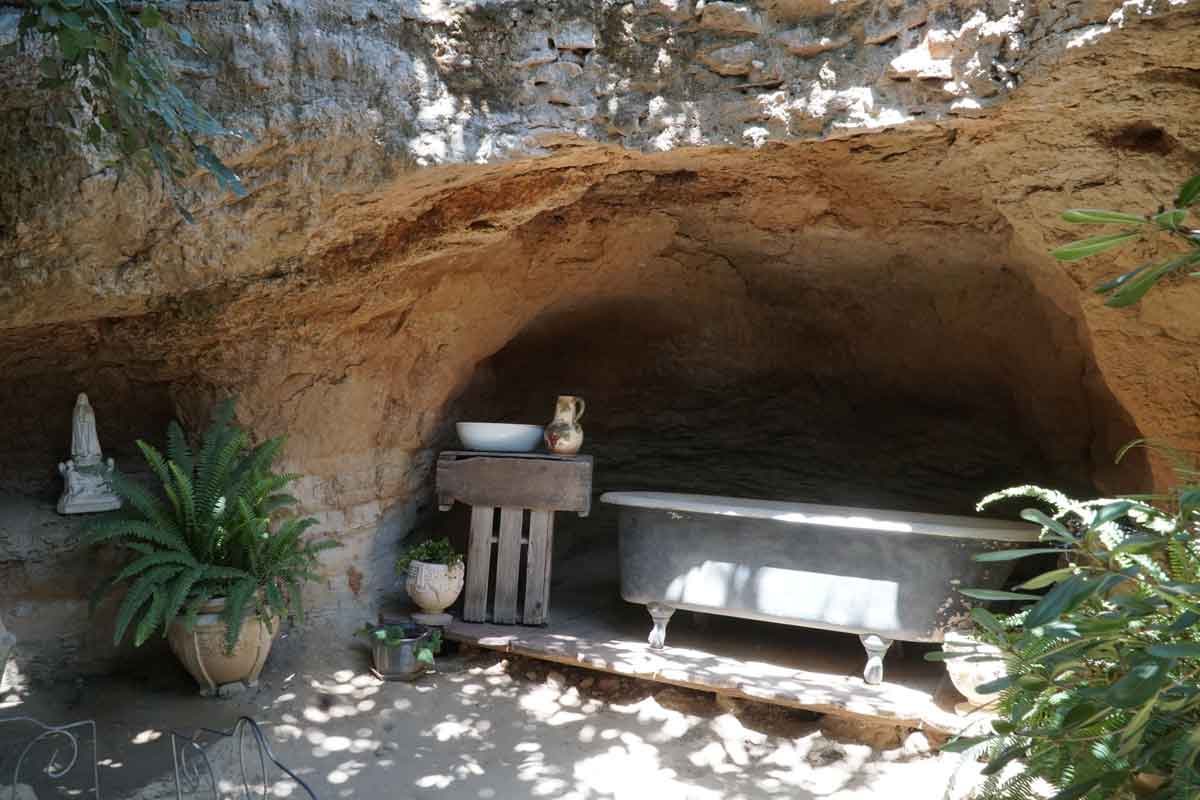 Fresno Underground Gardens: Highway 99 stop for curious travelers