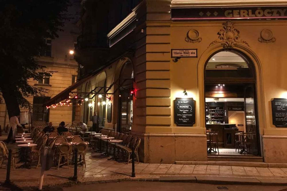 Gerloczy Cafe at night
