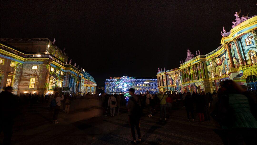 Bebelplatz Berlin Leuchtet
