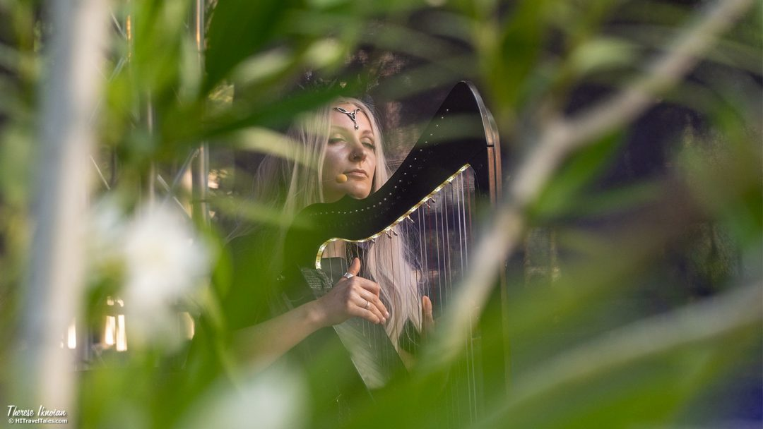 Botanical Nights Berlin Harpist Performer