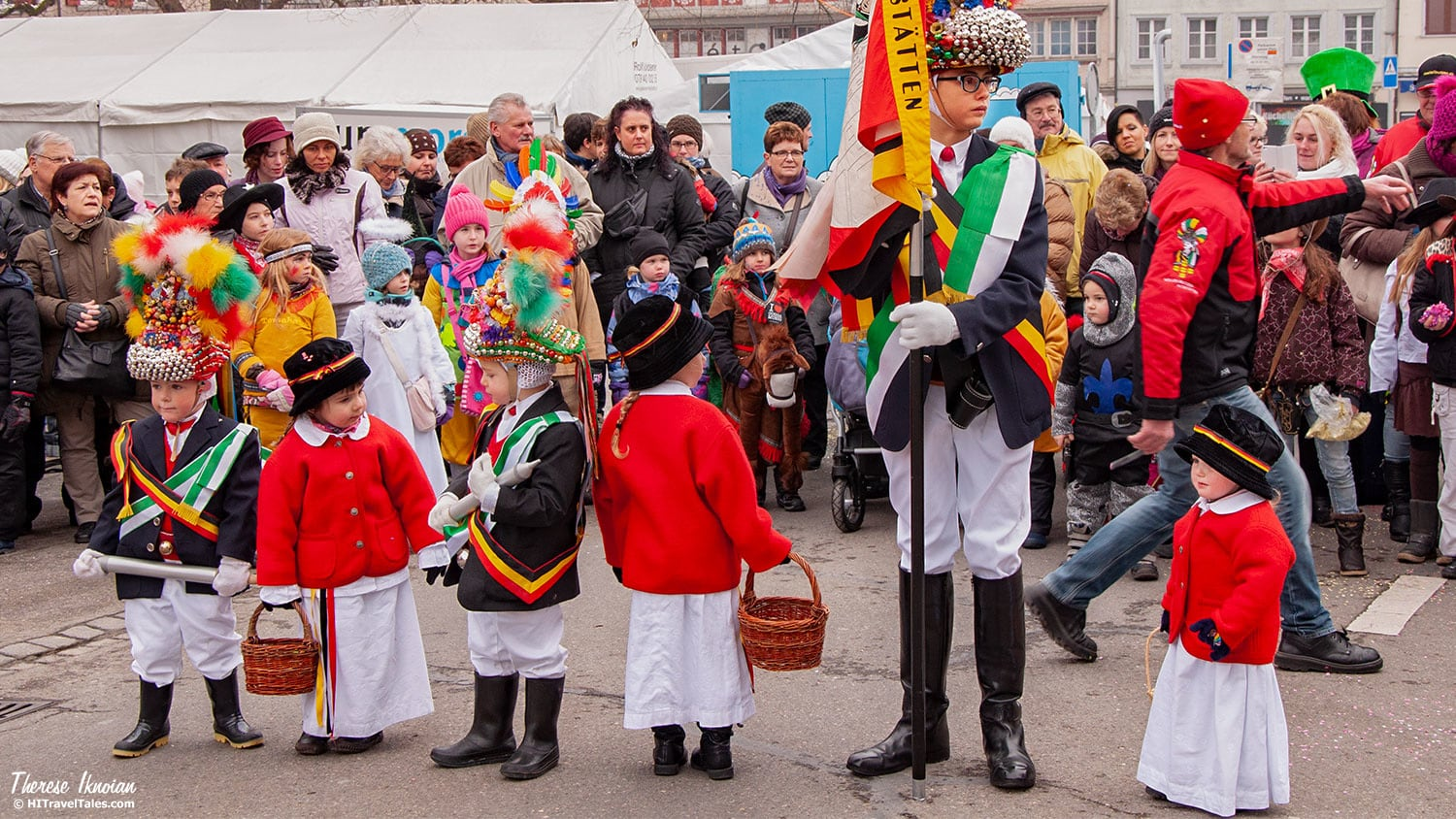 When the parade is over, toddlers in little royal town costumes are lined up – granted, getting them to stay there for a march and presentation can be difficult.