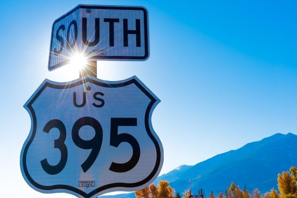 US 395 sign sunburst photos