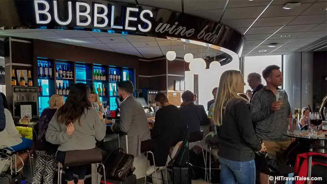 Bubbles Wine Bar at Chicago International Airport