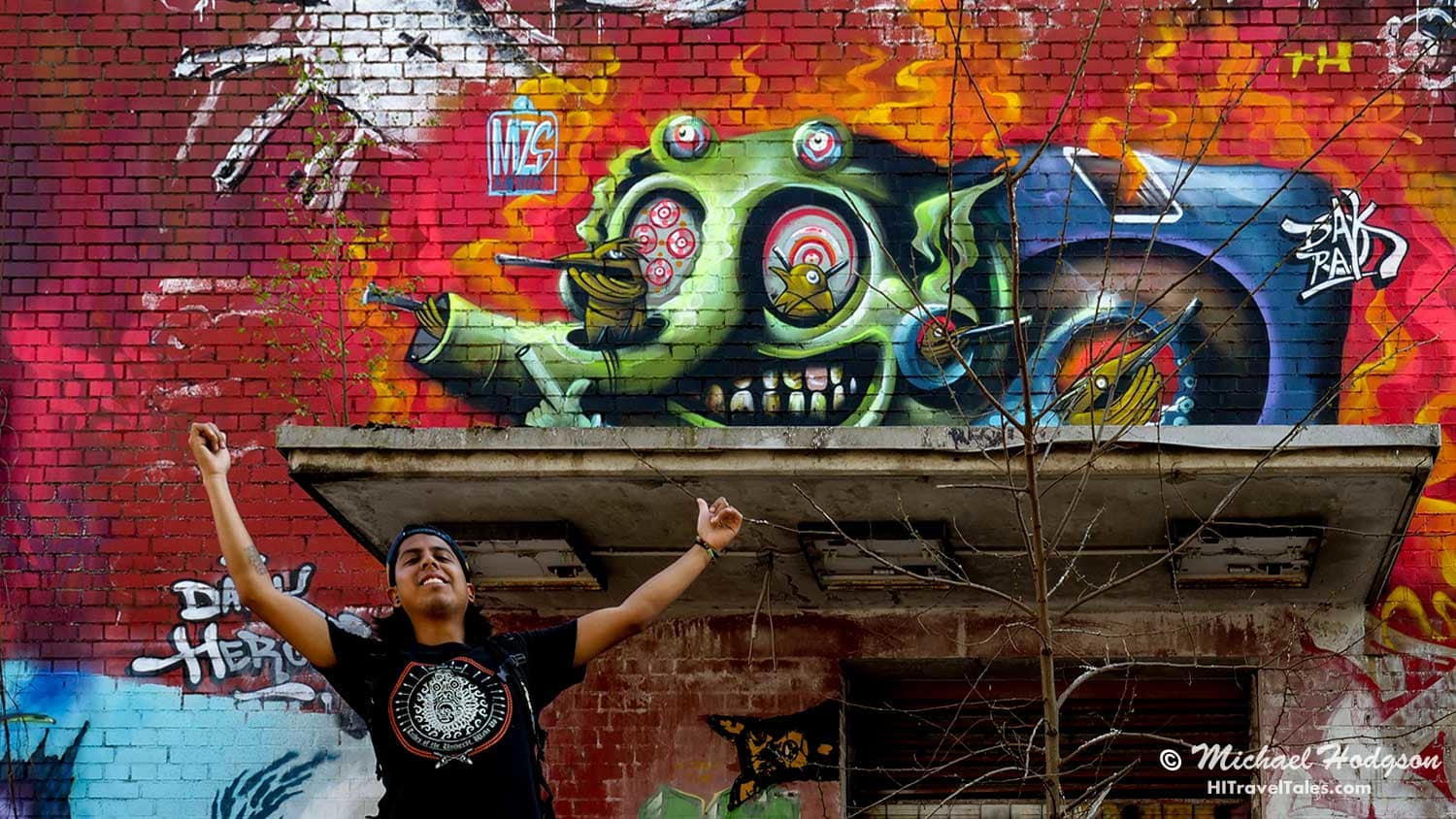 Meeting street artists is a real treat you can experience at Teufelsberg. Here, we talked with DakPak from Mexico who had just completed the work you see here.