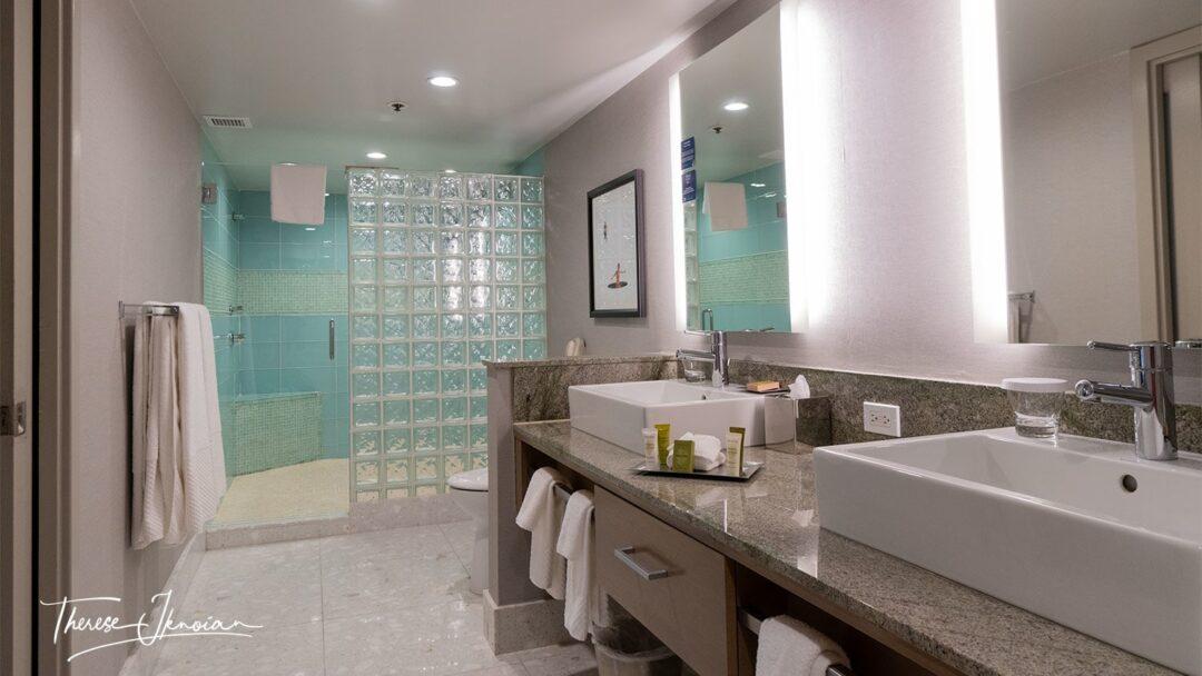 HIlton Palm Springs Suite Bathroom