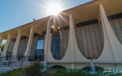 Palm Springs modernism: Modernism Week & architecture tours all year