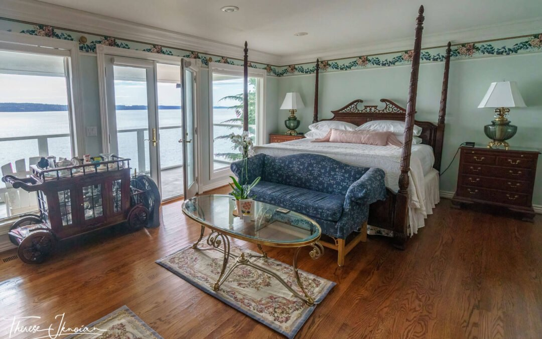 Sea Mist Waterfront Inn: Camano Island B&B with a personal touch
