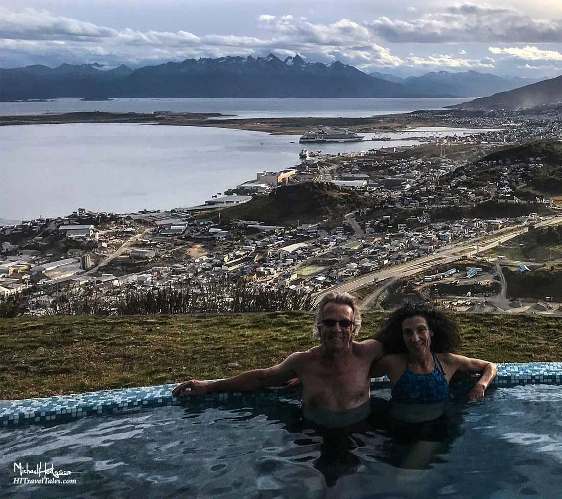 Therese and Michael enjoying the infinity spa and view at the Arakur Resort