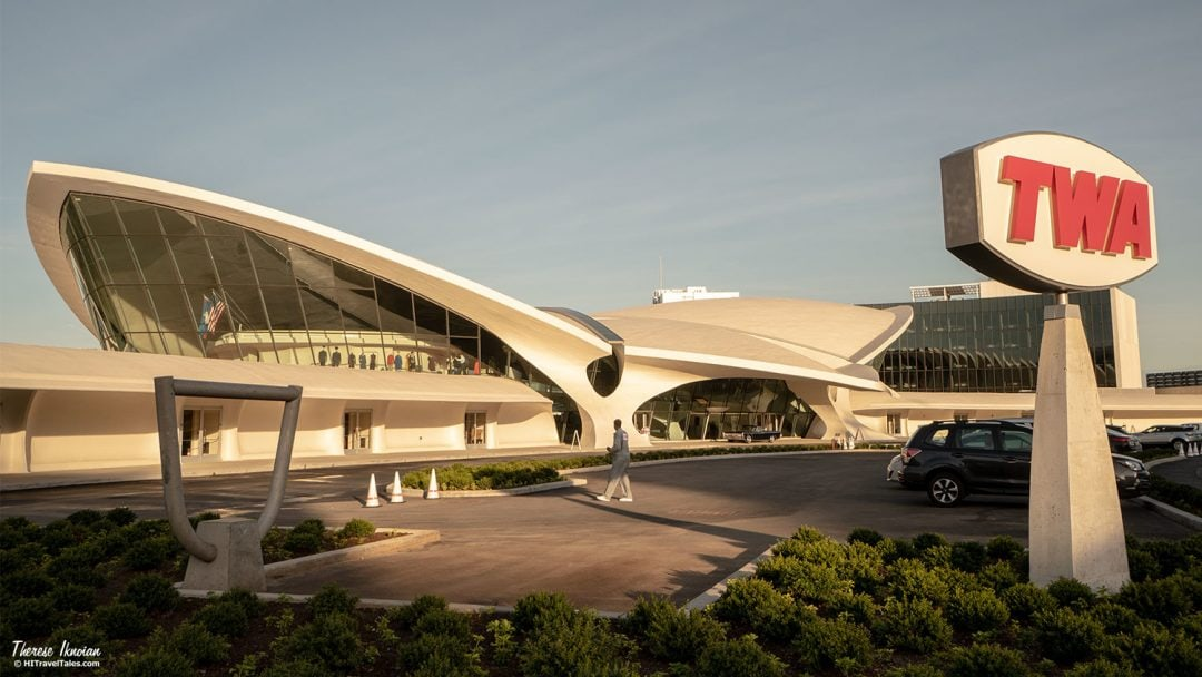 TWA Hotel Front Curves Saarinen Architecture