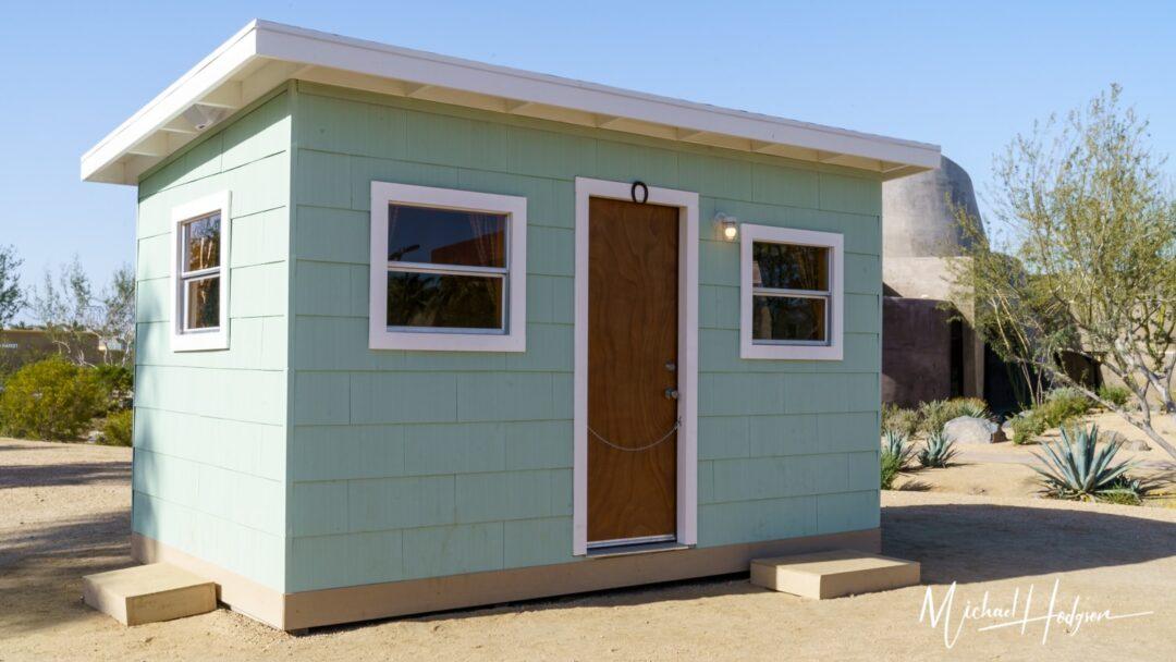 Tiny House Desert X Exterior