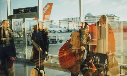 Staying healthy after air travel – 12 tips for avoiding germs