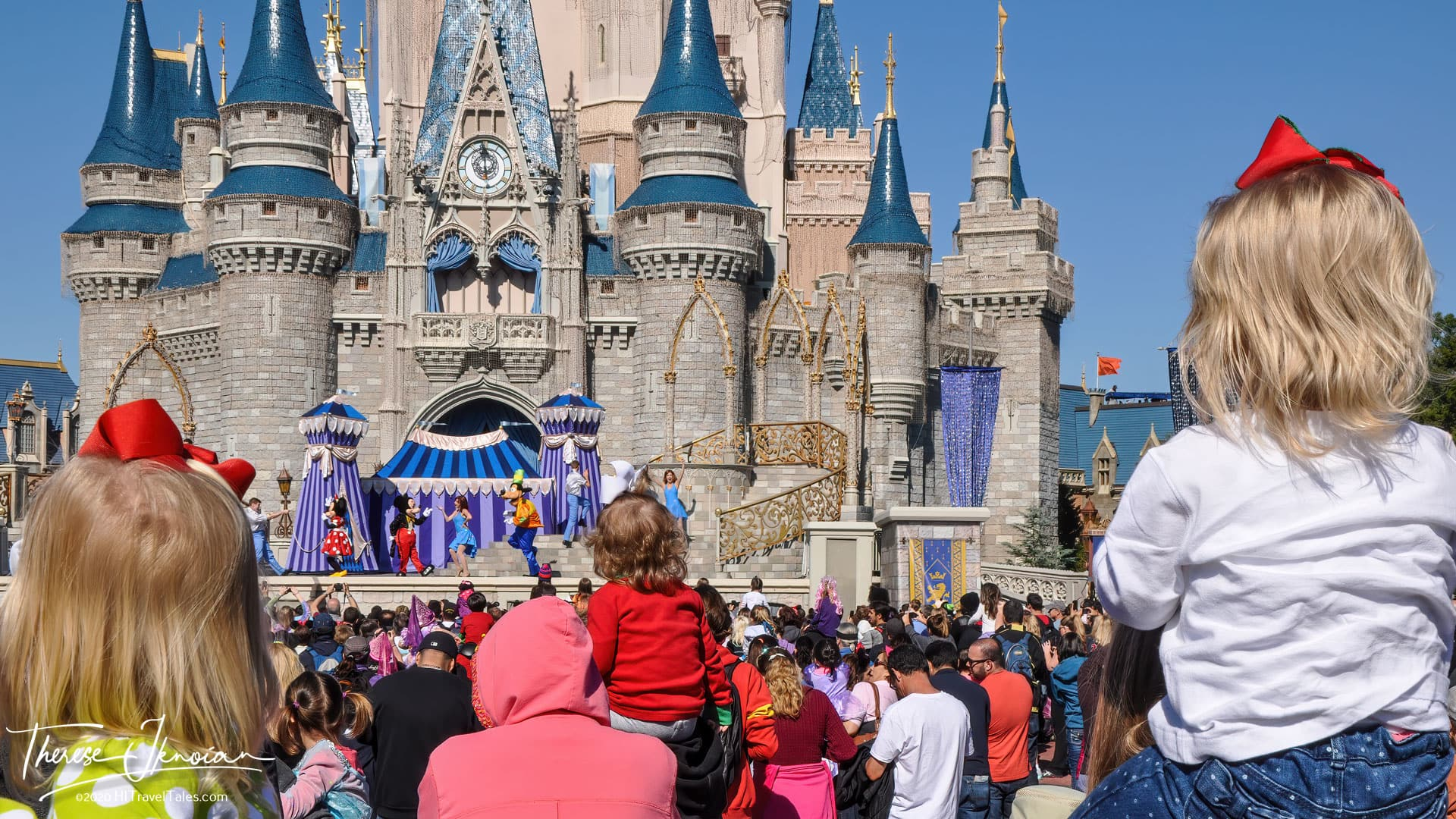 Disney World Tips As Kids Crowd To See Mickey Mouse And Friends