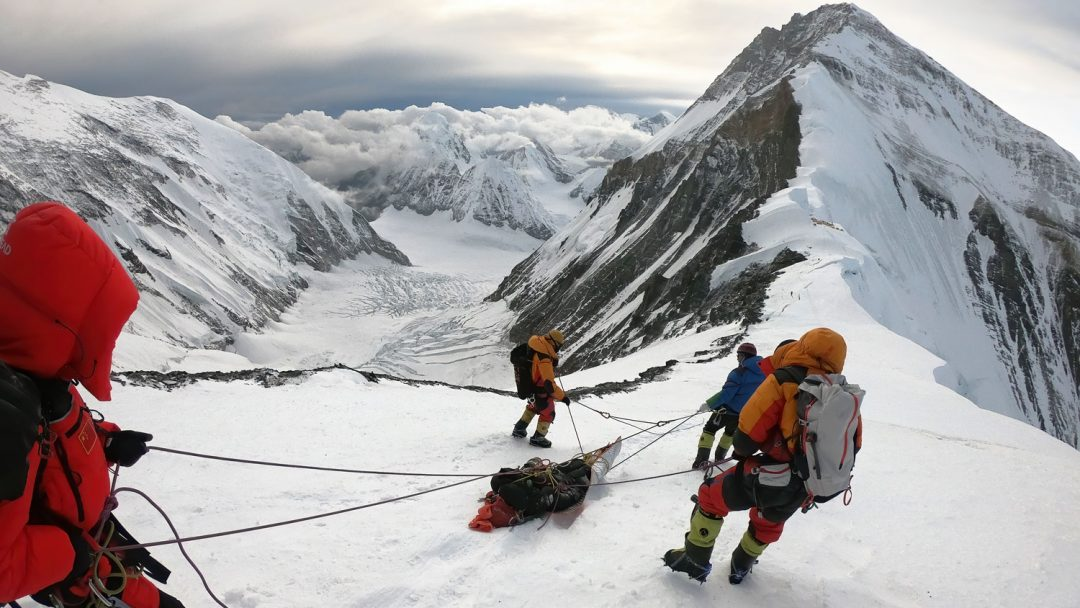 Global Rescue evacuates a member in trouble on Everest from the Tibet side.