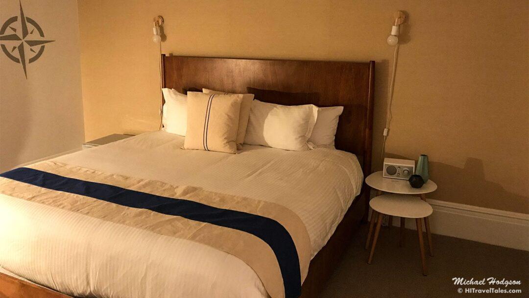 Hotel Marblehead Room