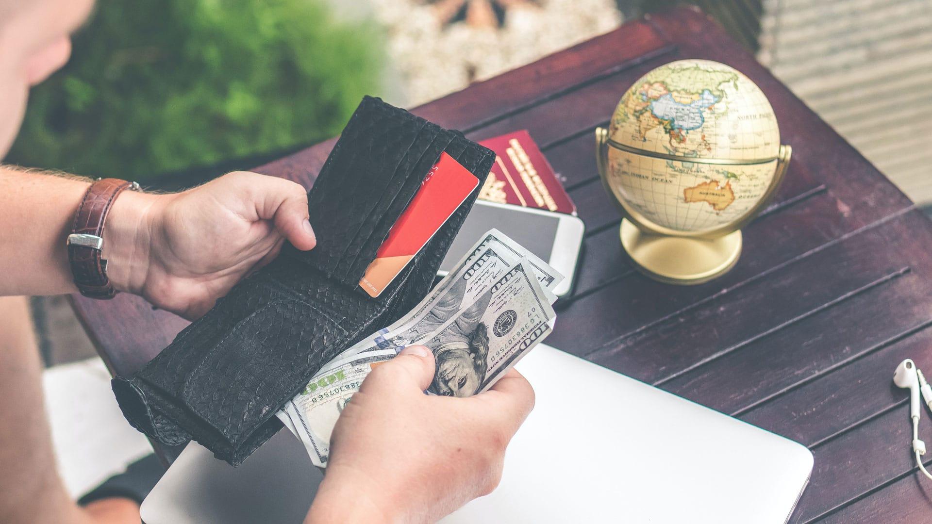 Managing Money When Traveling Pexels Artem Beliaikin