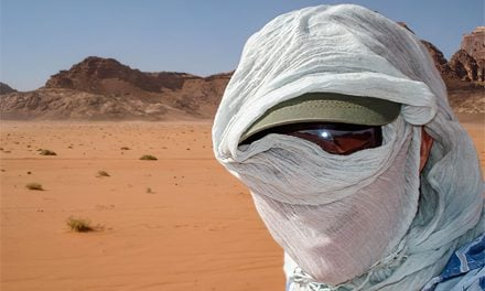 How to blend in when traveling and not look like a tourist
