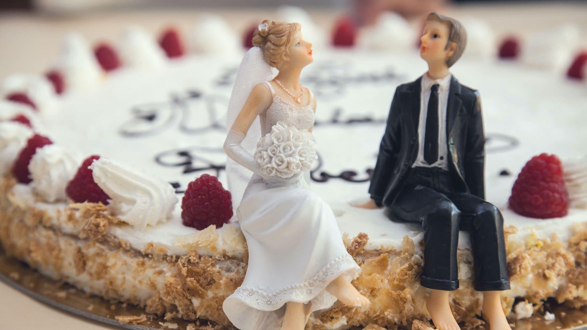 Not Married Until Facebook Says Pexels Splitshire